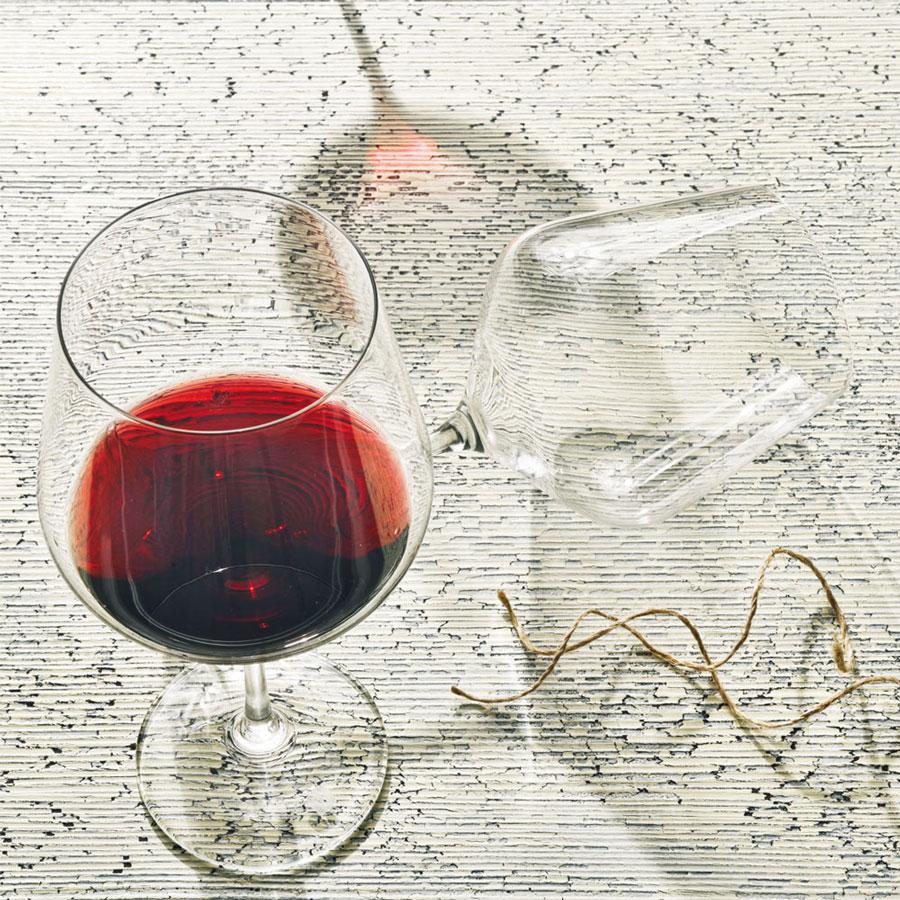 Vanilla Season WANAKA set van 2 elegante Bohemia Crystal rode wijnglazen